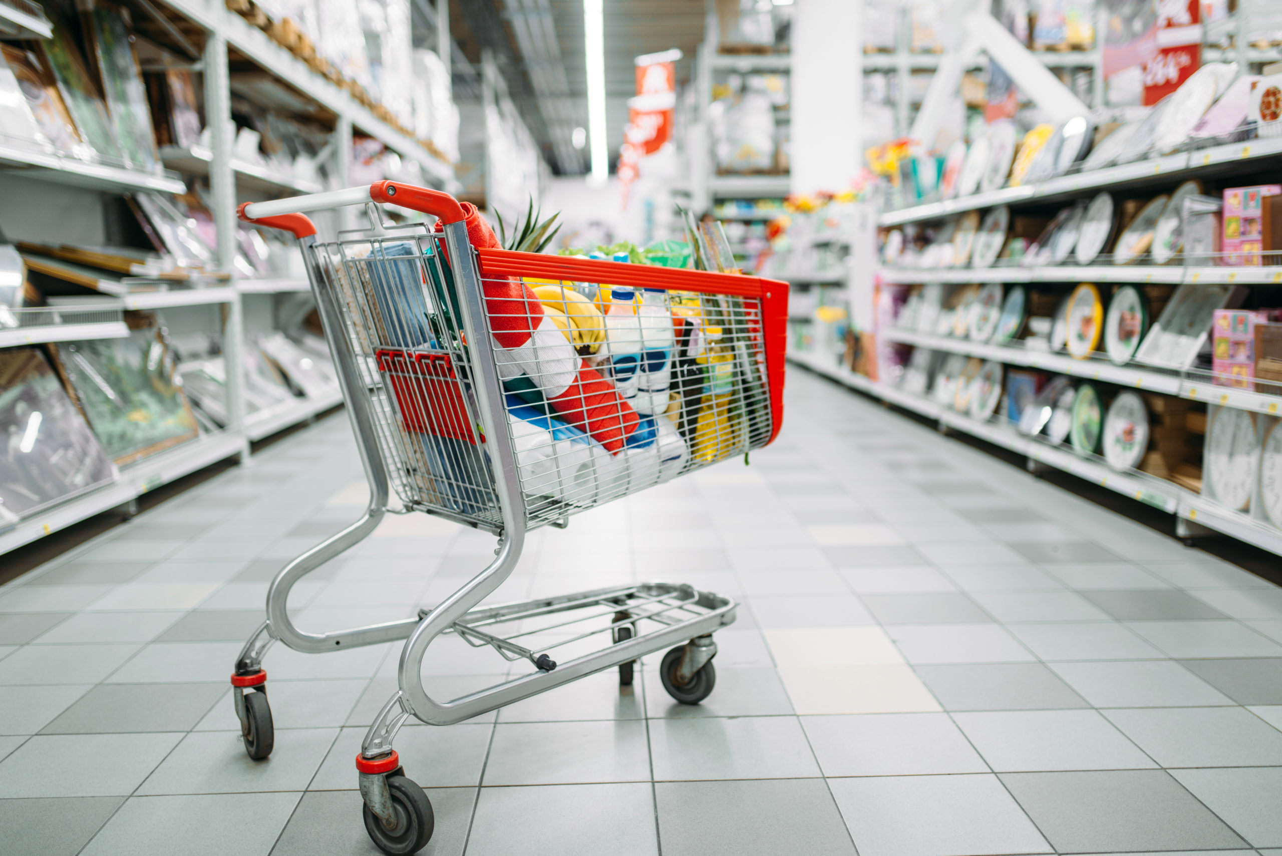 cart-full-of-goods-in-supermarket-nobody-753FXJA-scaled Front Page