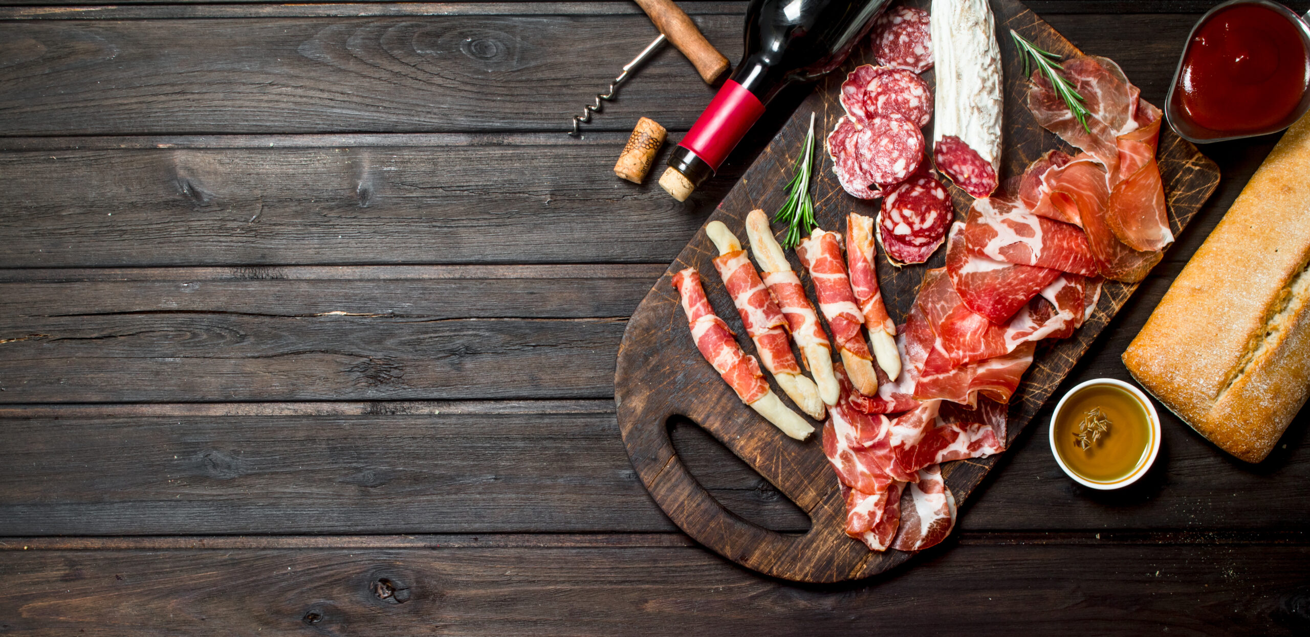 antipasto-background-italian-meat-appetizers-with-EFT4BC7-scaled Chi siamo